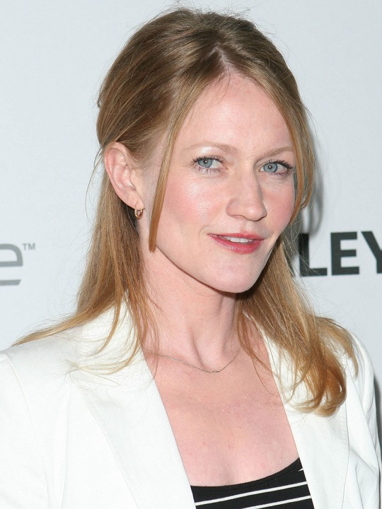Paula Malcomson earned a  million dollar salary, leaving the net worth at 4 million in 2017