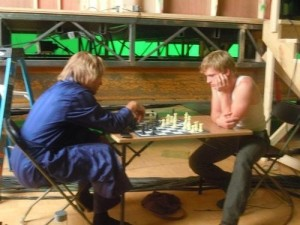Josh Hutcherson Woody Harrelson Chess Hunger Games Catching Fire set