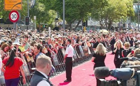 Check out all the fans at The Hobbit premiere in Wellington, New Zealand.