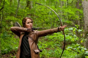 Katniss Everdeen hunting The Hunger Games movie Jennifer Lawrence
