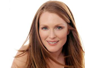 Julianne-Moore-julianne-moore-253330_1280_1024