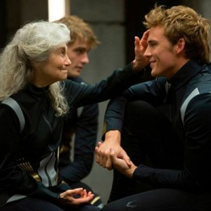 catching-fire-stills-101113-1