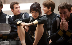 New-Official-stills-catching-fire-35696751-500-310