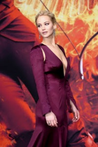 Jennifer-Lawrence--The-Hunger-Games-Mockingjay-Part-2-Premiere--01-662x993