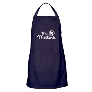 hunger_games_mrs_mellark_apron_dark