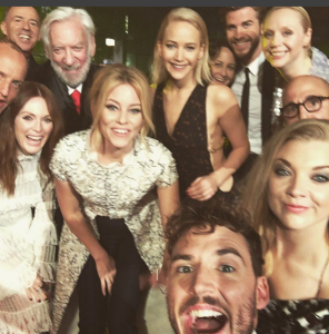 1446776391-jennifer-lawrence-liam-hemsworth-hunger-games-mockingjay-2-cast-group-selfie